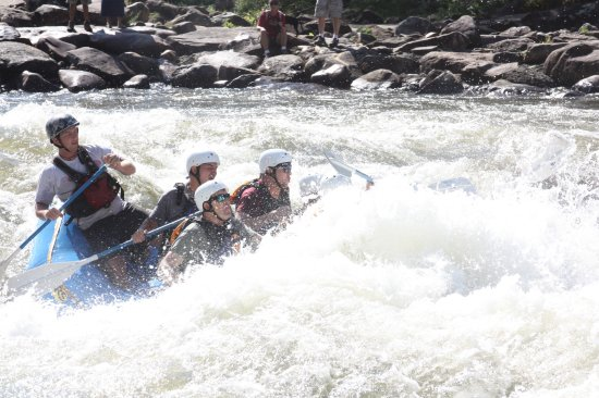 Wildwater Rafting - Ocoee : This is what Class V Rapids look like!
