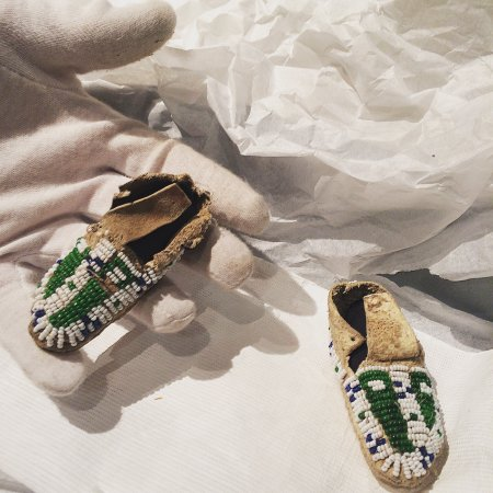 Ignacio, CO: Tiny baby moccasins, fully beaded