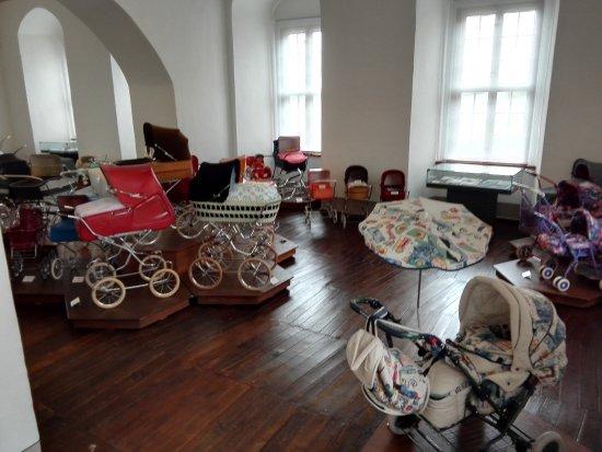kinderwagenausstellung bild von museum schloss moritzburg zeitz tripadvisor. Black Bedroom Furniture Sets. Home Design Ideas