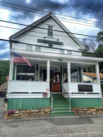 Winnegance Restaurant and Bakery: photo1.jpg