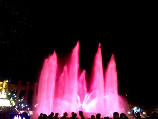 Barcelona Day Tours: Ночные фонтаны
