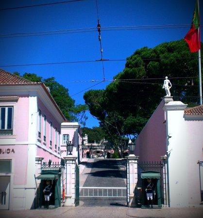 Museu da Presidencia da Republica gates, door to the museum is on the left..
