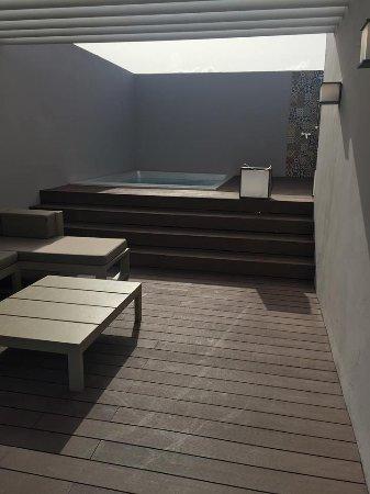 Upstairs pool