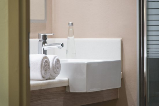 Atton Vitacura: Great bathrooms
