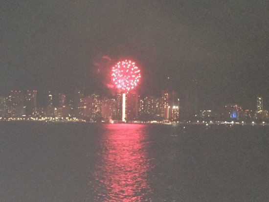 Star of Honolulu - Dinner and Whale Watch Cruises: Friday night fireworks display.