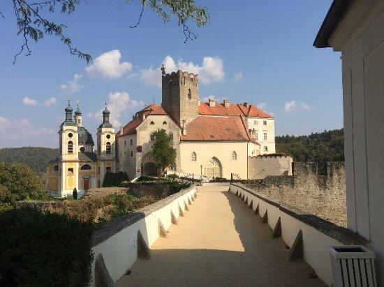 Vranov nad Dyji, Republik Ceko: image-0-02-01-e3cb6195a78d519e1d7b1c4d4bd8d03988a81064cc15df89798ad95c032690a4-V_large.jpg