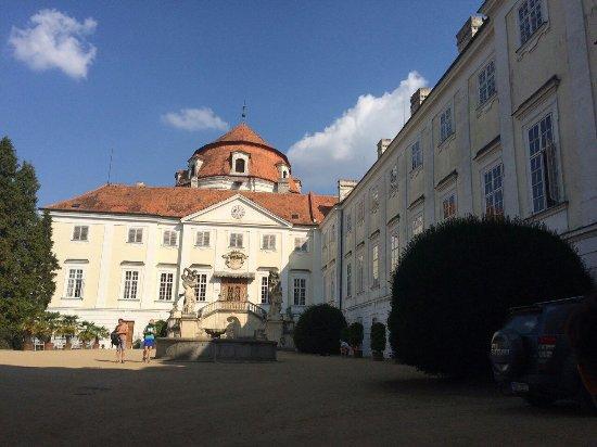 Vranov nad Dyji, Çek Cumhuriyeti: image-0-02-01-c906d7f0c36c93c088a54d0e1def8e9be0fb45064871bcb45a58b248b6fb77b7-V_large.jpg