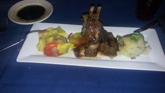 Mythos: Lamb Chops with Garlic Mashed Potatoes and Squash! Just the best...