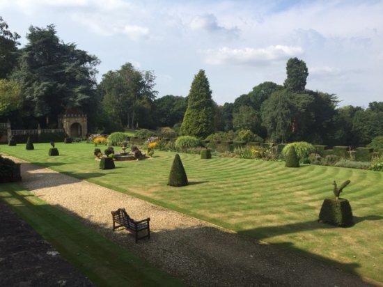 Rotherwick, UK: Beautiful Gardens at Tylney Hall Hotel