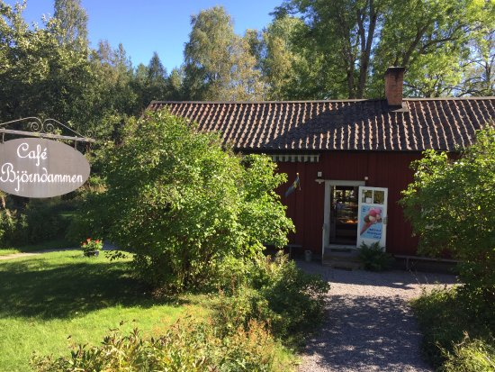 Malmkoping, Suecia: Front of the Restaurant
