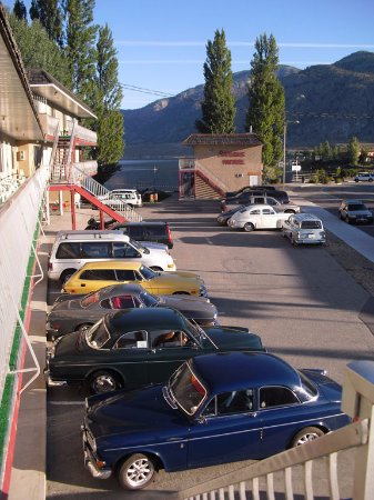 "Poplars Motel On The Lake: ""VOLVOS IN OSOYOOS"" STAY AT THE POPLARS"