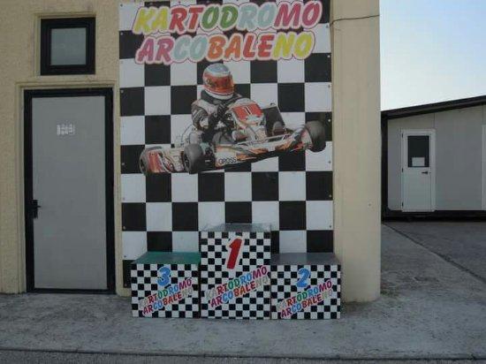 San Lorenzo di Trevi, Italia: Il circuito - 960 metri , il più grande dell'umbria