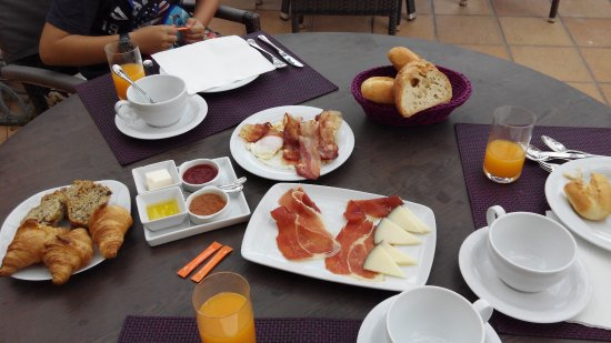 Hotel Villa de Abalos Photo