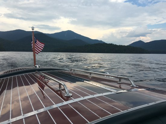 Lake Placid Lodge: boat tour of lake placid by the hotel