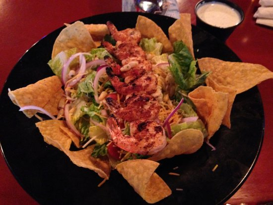Lucky 12 Tavern: Southwest Grilled Chicken Salad (substitute grilled shrimp)