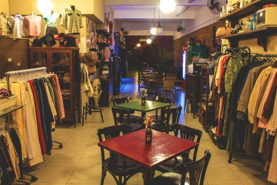 Boutique Vintage Brecho e Bar