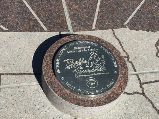 Belle Fourche, SD: Center of the Nation Monument