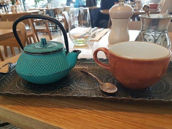 Devonport, Nueva Zelanda: Mint tea on a rainy day