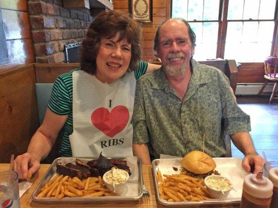 Morristown, NJ: Minuteman Restaurant BBQ Meats