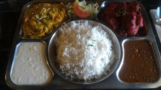 Curry House: Lunch special