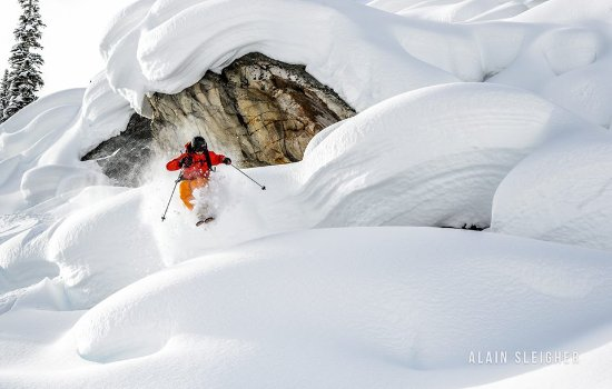 Golden, Canada: Spring Skiing at Chatter Creek