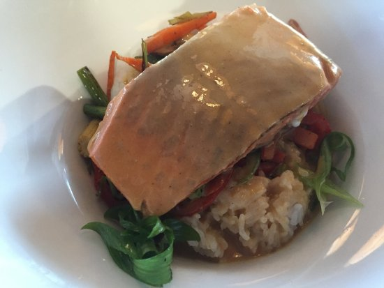 Prince George, Kanada: Salmon Thai Red Curry