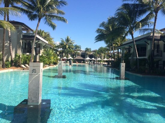 Pool - Pullman Port Douglas Sea Temple Resort & Spa Photo