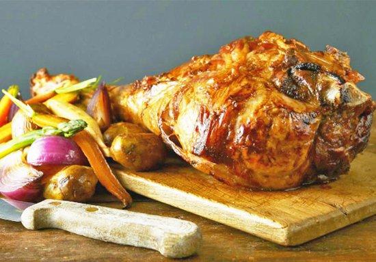 Moranbah, Australia: Roasted Lamb Leg