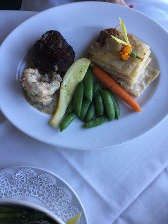 Donovan's Steak and Chop House: photo3.jpg