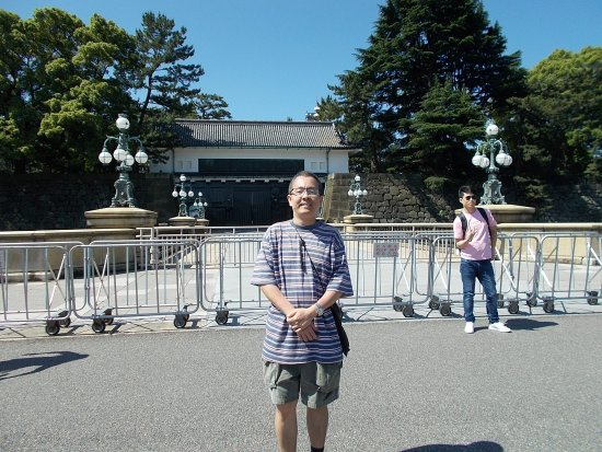 Kokyo Gaien National Garden: On the other side of the Meganebashi Bridge with an entrance to the Palace
