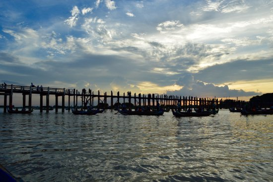 Amarapura, Myanmar: U Bein Bridge in September