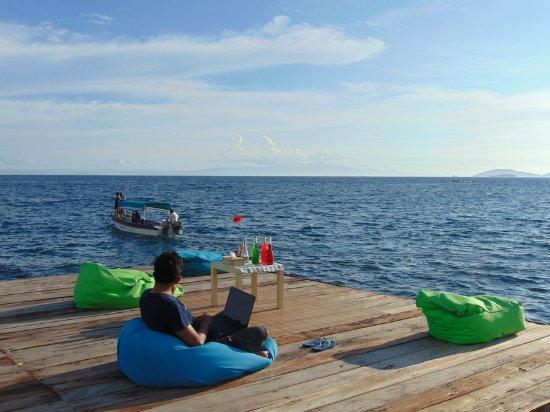 Hamueco dive resort raja ampat indonesia hotel reviews prices - Raja ampat dive resort reviews ...