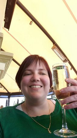 Largs Bay, Australia: Cheers!
