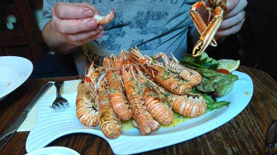 Tullycross, ไอร์แลนด์: Magnificent seafood