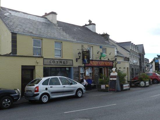 Tullycross, ไอร์แลนด์: Chef Tony on a break before the dinner rush