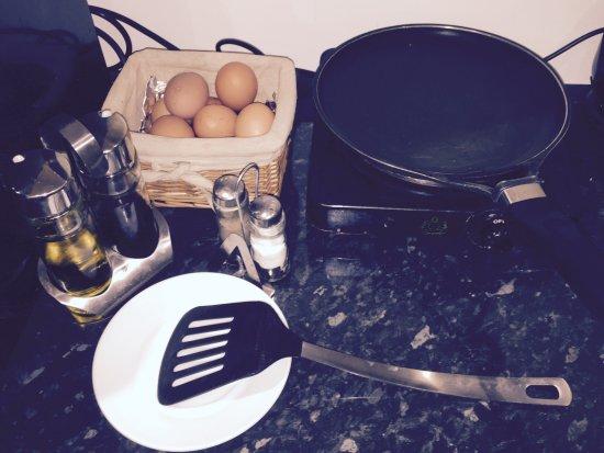 Viriat, Francia: Petit Déjeuner - Faîtes les oeufs comme vous les aimez