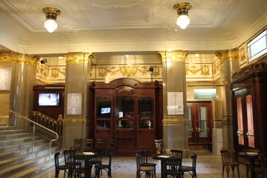 Royal Dramatic Theater (Kungliga Dramatiska Teatern) : Foyer