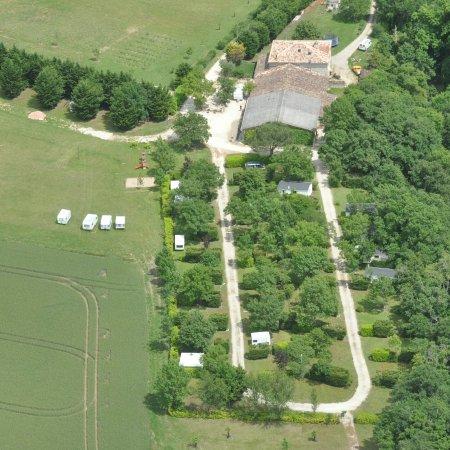 Mauroux, France: Camping le Néri