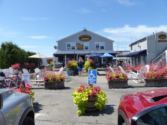 Stonington, CT: Best Little eating joint on the strip!