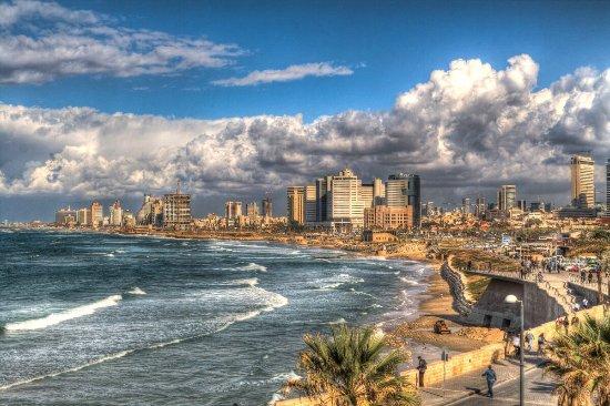 Tayelet : Обожаю набережную Тель-Авива .