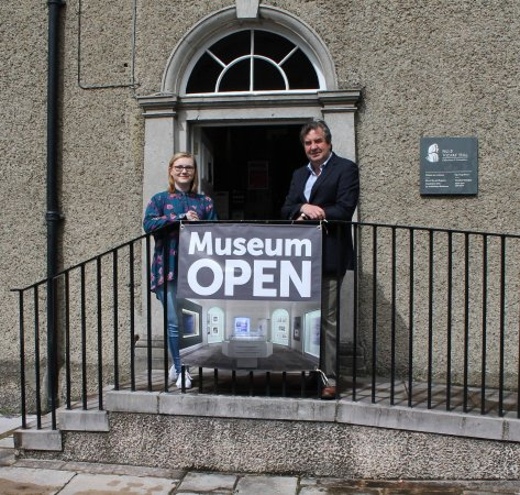 Armagh, UK: No 5 Vicars' Hill: Registry Officer Stephen Day and Library Administrator Rachel Toner