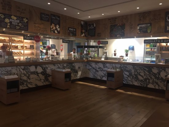 Vapiano : Food stations - very neat