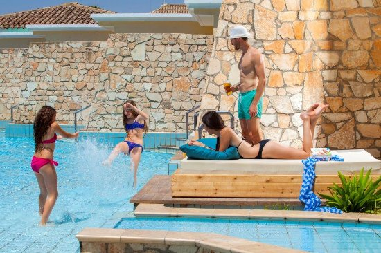 Atlantica Aeneas Hotel: Family Life