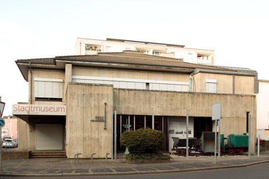 Stadtmuseum Duren: Das Stadtmuseum Düren beschäftigt sich mit der Stadtgeschichte