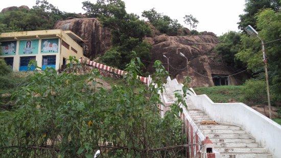Chengalpattu, Índia: Sivan malai