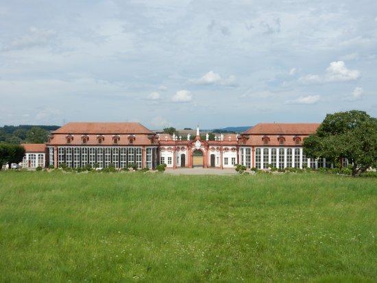 Memmelsdorf, Tyskland: L'orangerie vista dal palazzo