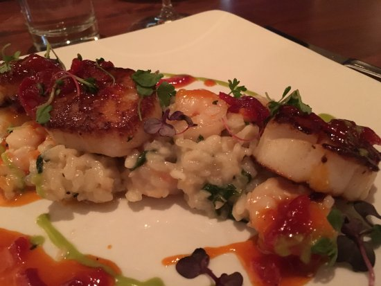 Mesh Restaurant: SEARED DIVER SCALLOPS