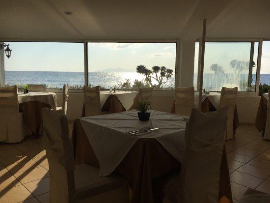 Mediterranean Beach Palace: photo9.jpg