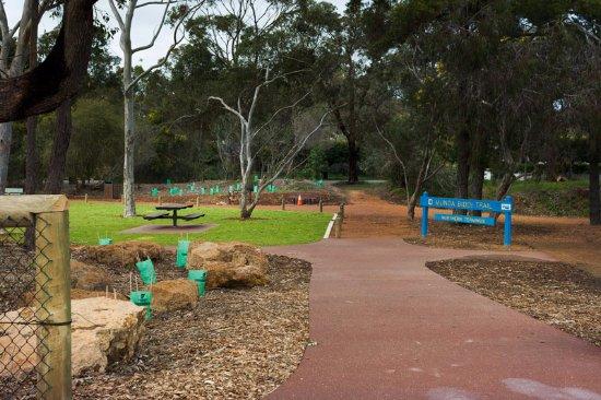 Mundaring, أستراليا: start of Munda Biddi