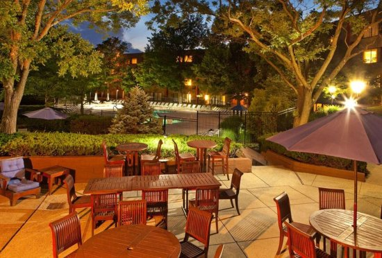 Woodcliff Lake, NJ: Lower Terrace